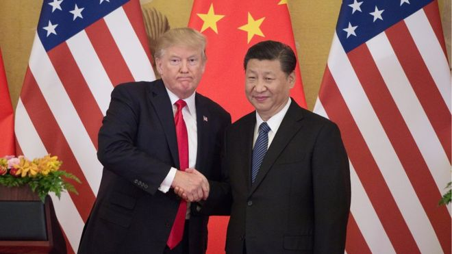 US President shakes hands with China's President